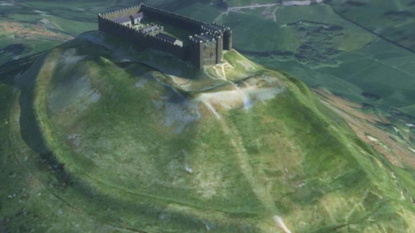 Computer modelled image of the castle and hillfort ramparts viewed from the south-east / Delwedd gyfrifiadurol o'r castell a rhagfuriau'r fryngaer o'r gogledd-ddwyrain