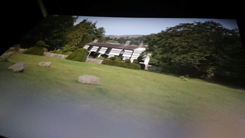 Plas Newydd trwy camera obscura / Plas Newydd through a camera obscura
